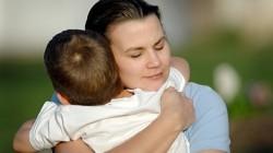 Очень сильные молитвы за сына: о защите над ним, от пьянства, о здоровье