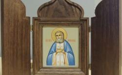 Молитва Серафиму Саровскому об исцелении позвоночника, ног и здравии детей