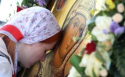 Сильная молитва ребенка о здоровье и выздоровлении матери