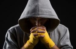 Как вылезти из долгов и вернуть кредиты с помощью молитвы от избавления?