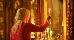 Молитва о здравии болящего святому Пантелеймону Целителю: в чем помогает?