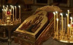 Икона Воздвижение Креста Господня: фото, значение, молитва, в чем помогает?