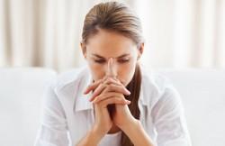Какую молитву читать ко Господу, когда в жизненной ситуации тяжело на душе?