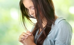 Самая сильная молитва Казанской Божьей Матери за здравие больного человека