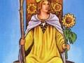 Таро Тота — Королева жезлов: дама в отношениях и значение с другими картами
